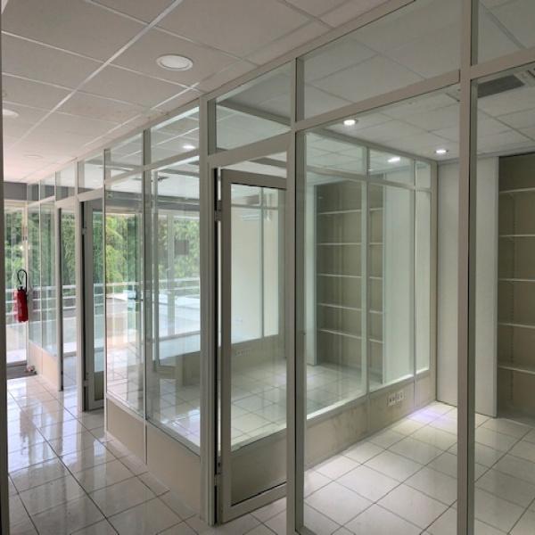 Location Immobilier Professionnel Bureaux Baie-Mahault 97122