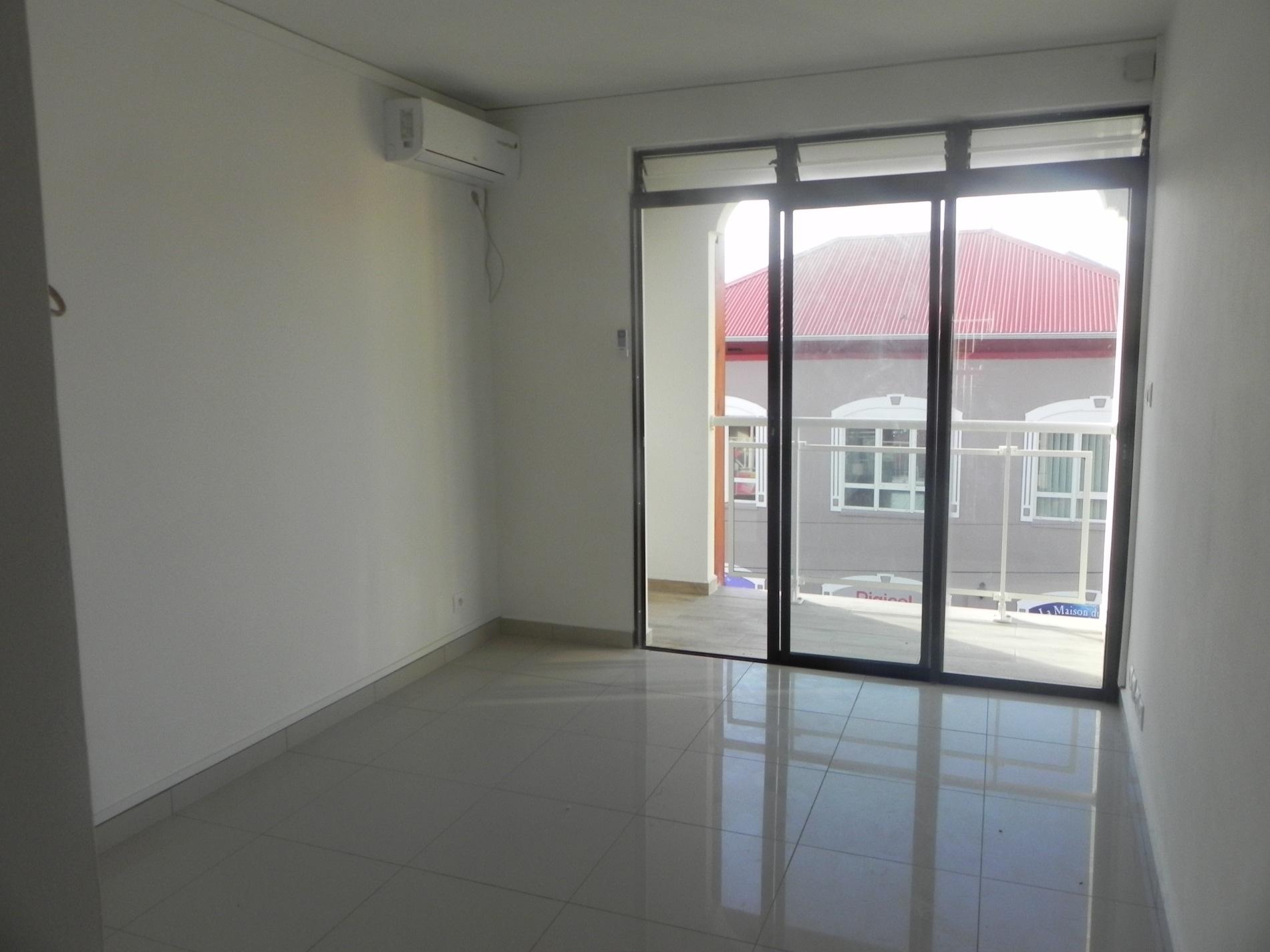 Offres de location Appartement Saint francois 97118