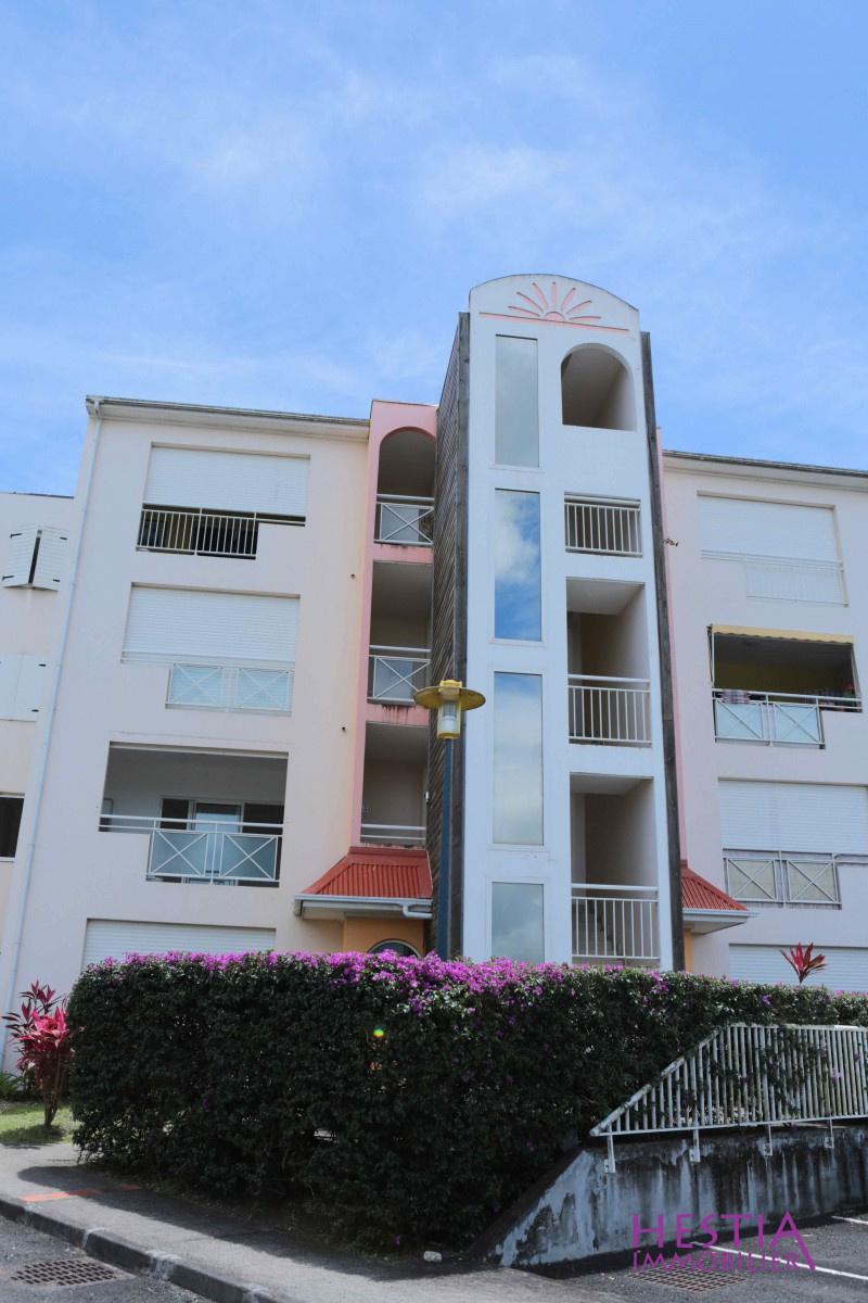Vente appartement baie mahault maisons baie mahault en for Acheter une maison en guadeloupe